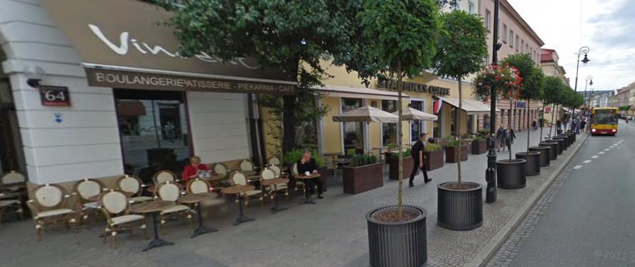 Piekarnia Vincent i Starbucks na Nowym Świecie.